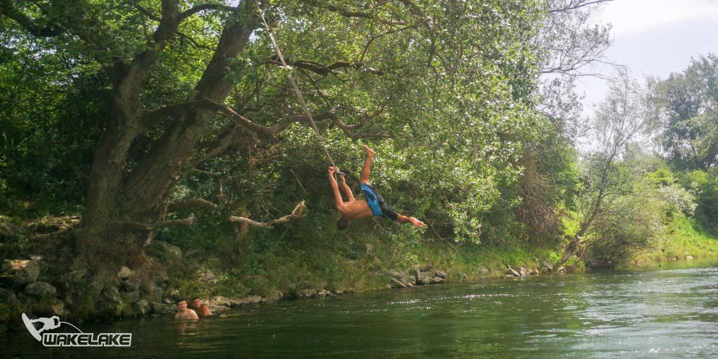 Hojdačka, rieka Váh, splav na paddleboardoch, SUP, Wakelake