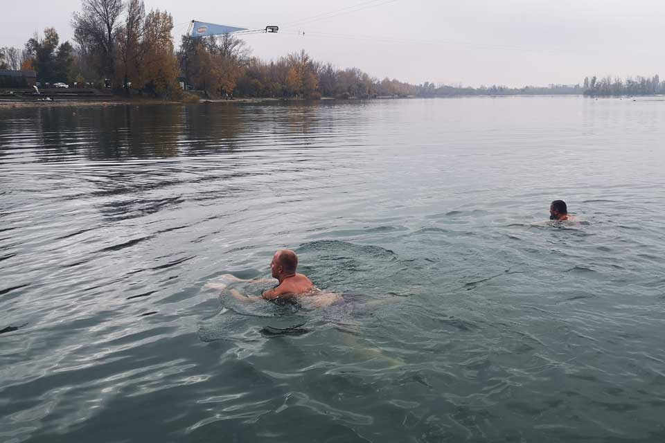 Zimné plávanie, Zlaté piesky, zdravé otužovanie